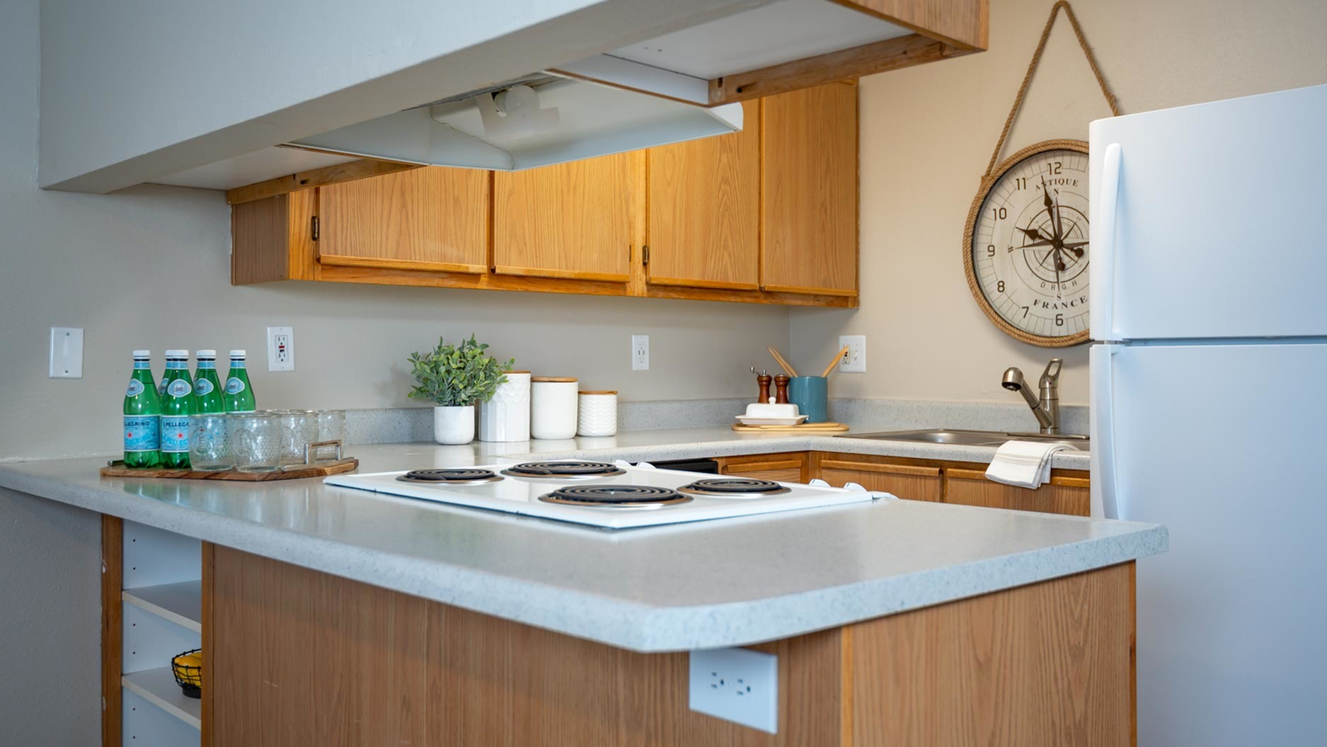 Image of Electric Range for Kings Meadow Apartments