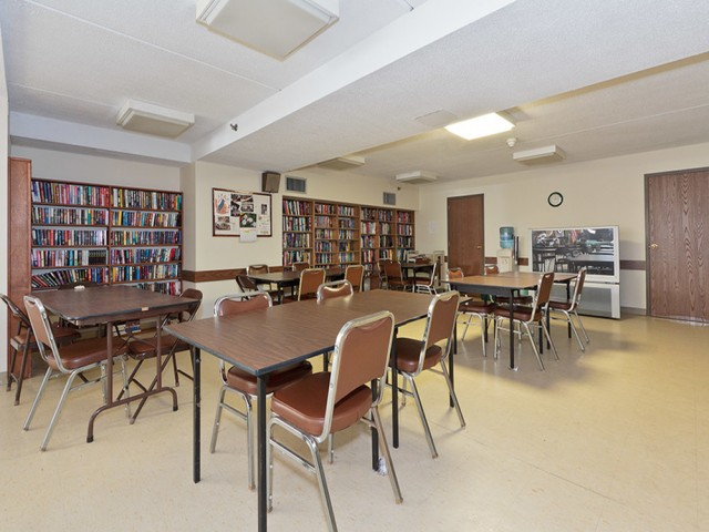 Image of Cozy library for Congregational Retirement Homes l