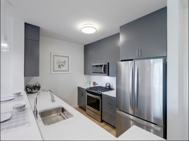 Modern Kitchen | Apartments West Roxbury Ma | Oak Row
