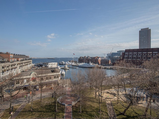 Image of Waterfront & city views * for Christopher Columbus Plaza