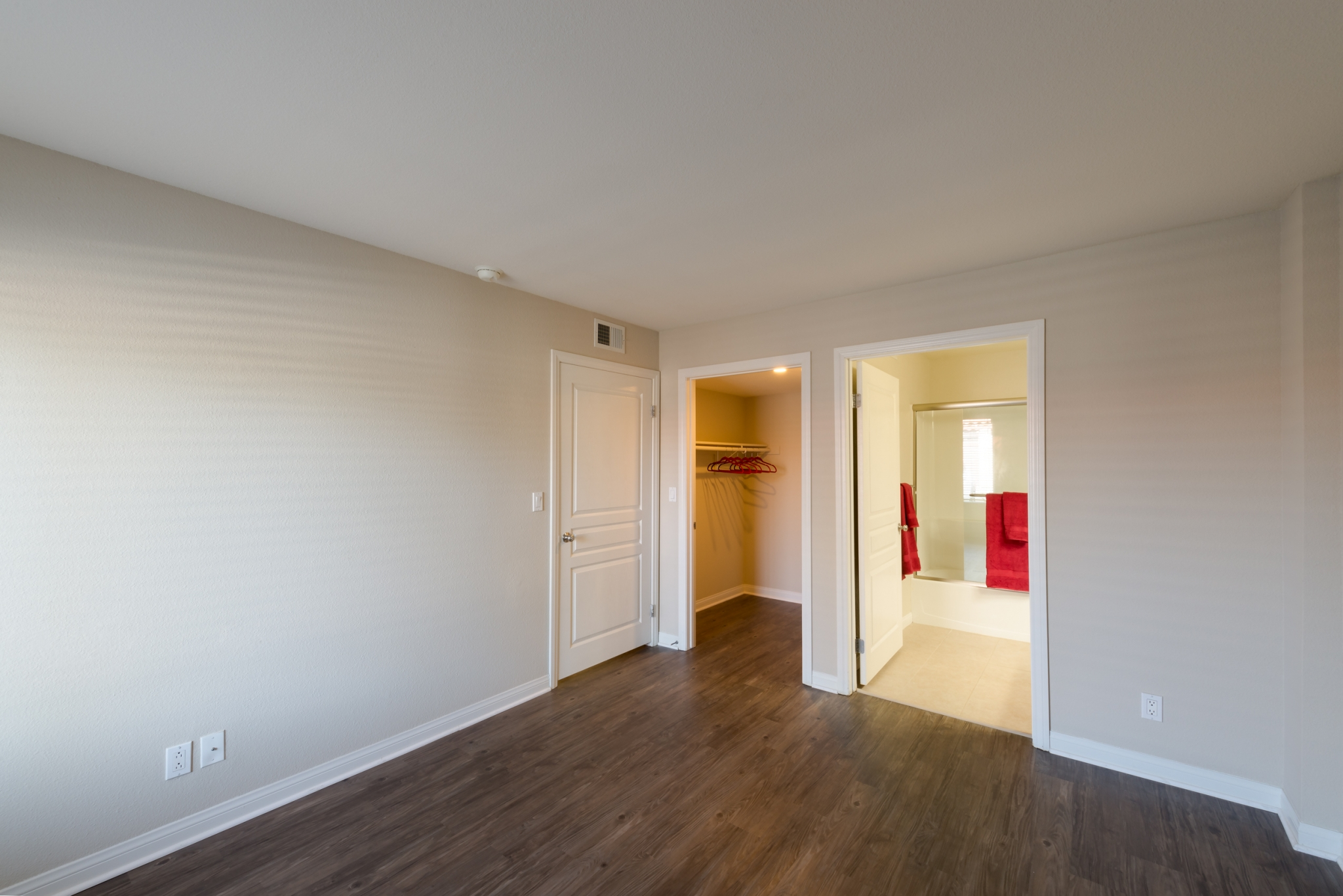 Image of Spacious Walk-In Closet in Master Bedroom for Artesia