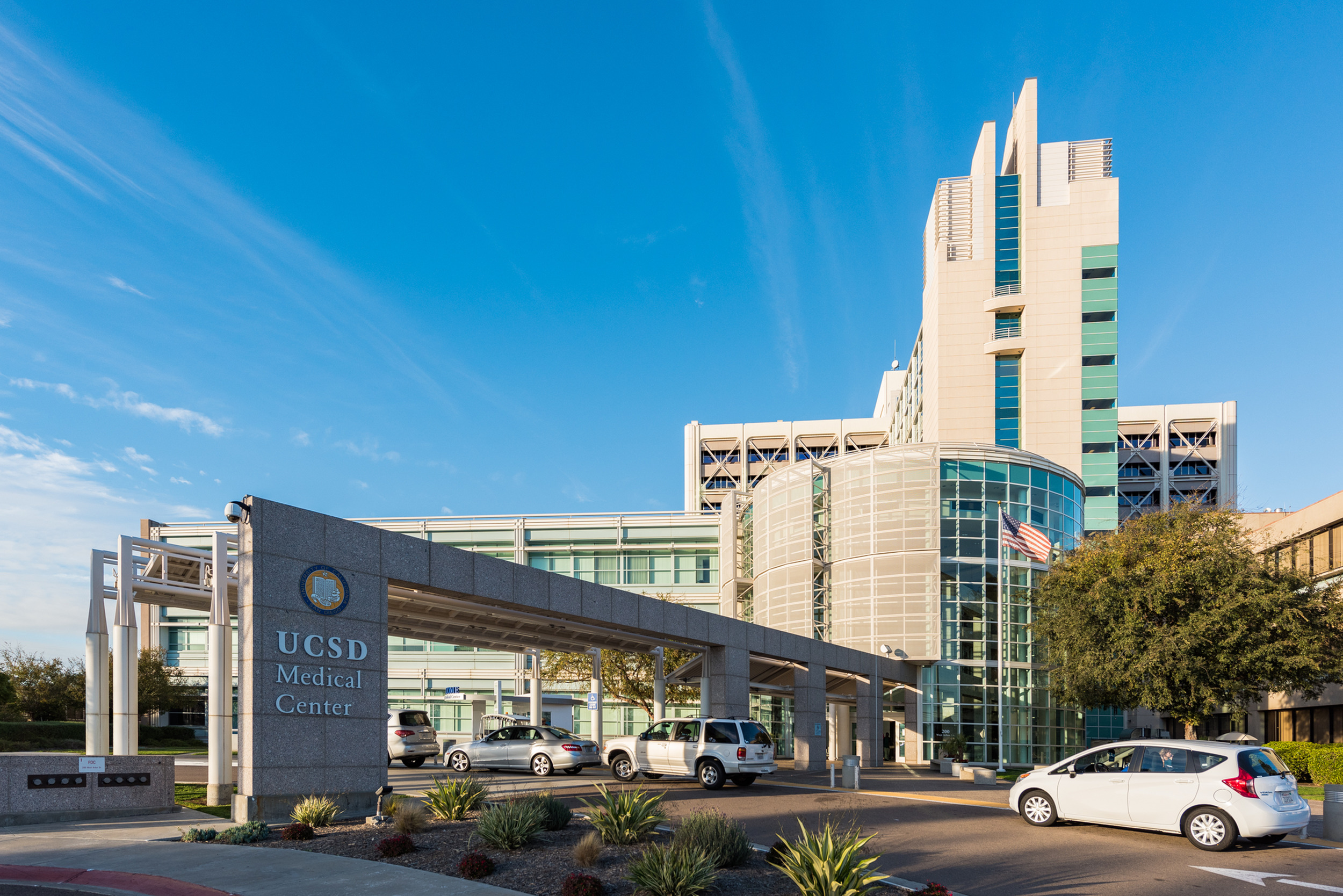 Image of Adjacent to Scripps Mercy Hospital complex and a few blocks from UCSD Medical Center for The Warwick