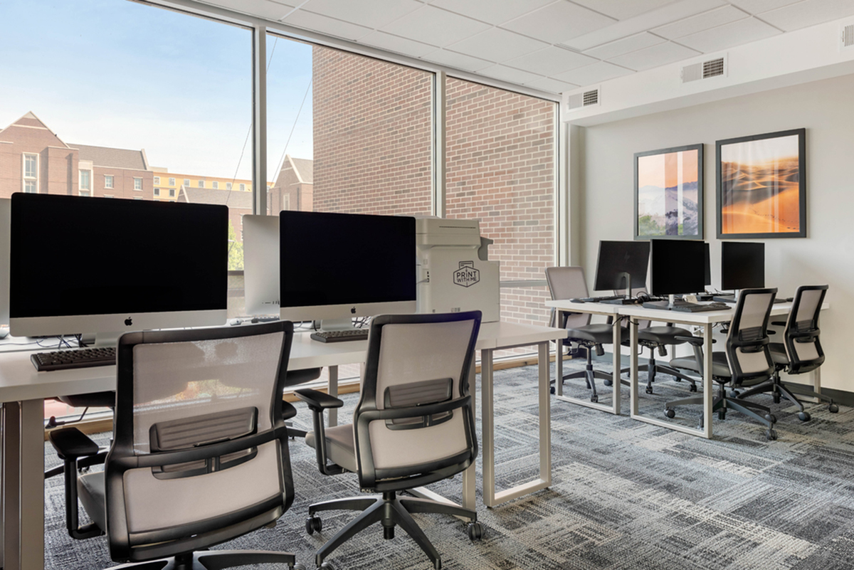 student lounge | aspire at discovery park