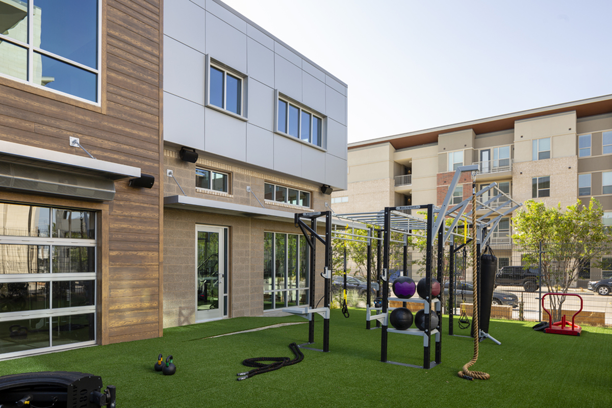 Outdoor fitness center | Apartments in Richardson | Northside