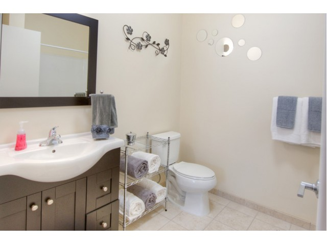 Image of Private Bathrooms for Twin River Commons