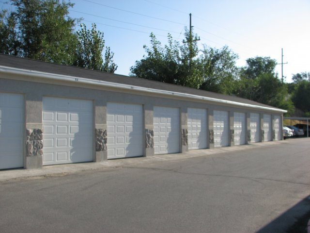 Image of Garages Available for Windmill Cove
