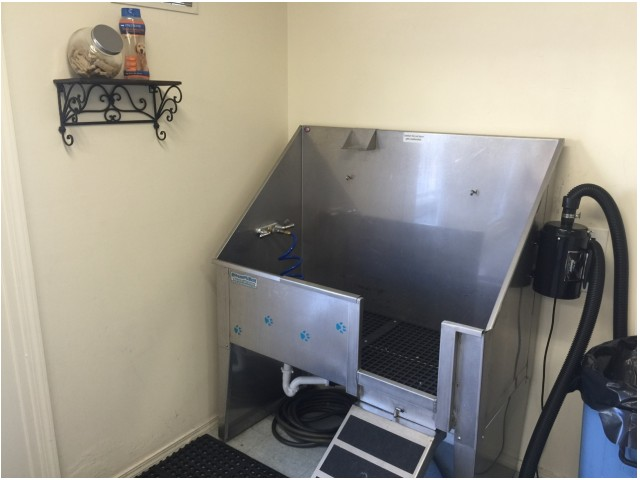 Image of Pet Wash Station for Windmill Cove