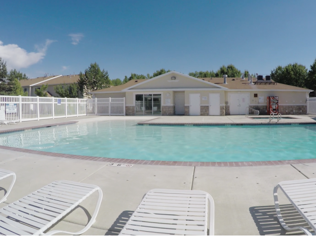 Image of Outdoor Heated Pool for Cascade Springs