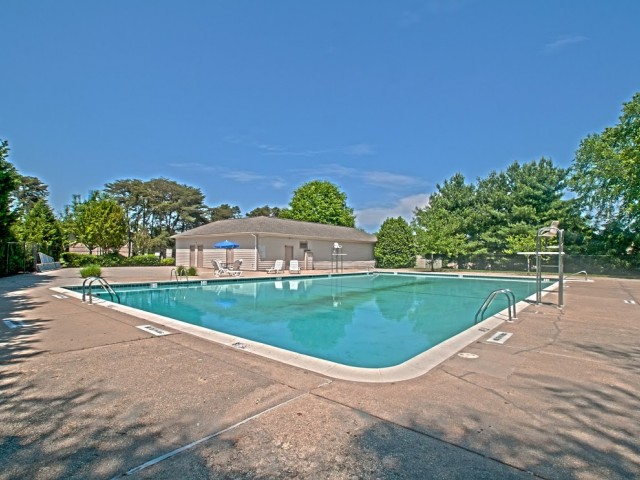 Image of Swimming Pool for Woodside