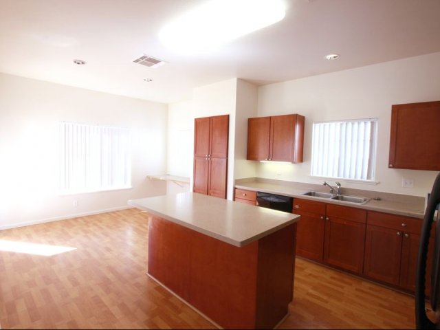 3 Bedroom Single Family Home Ftsh Amr Red Hill 3 Bed