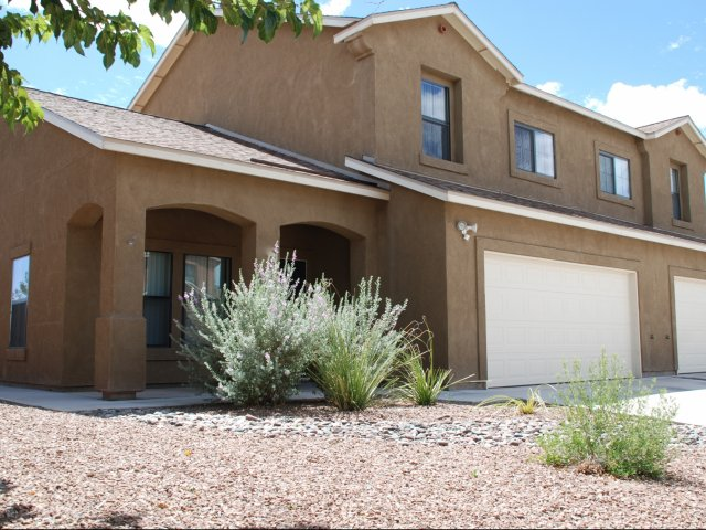 Pet-friendly rental houses, Holloman AFB, Alamogordo, NM