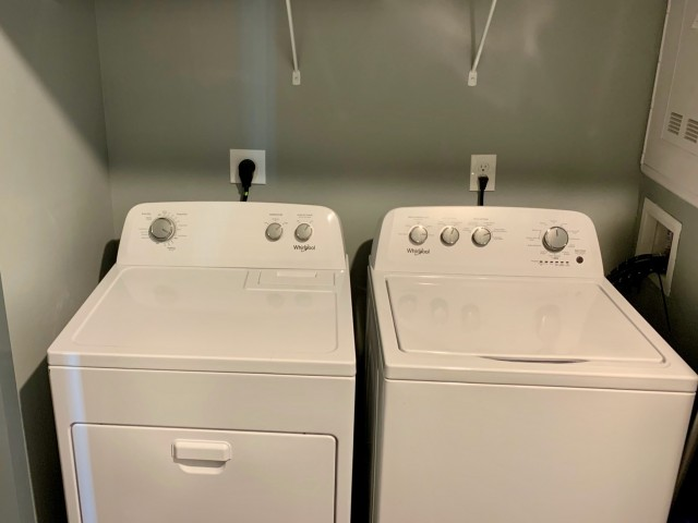 Washers and Dryers Included