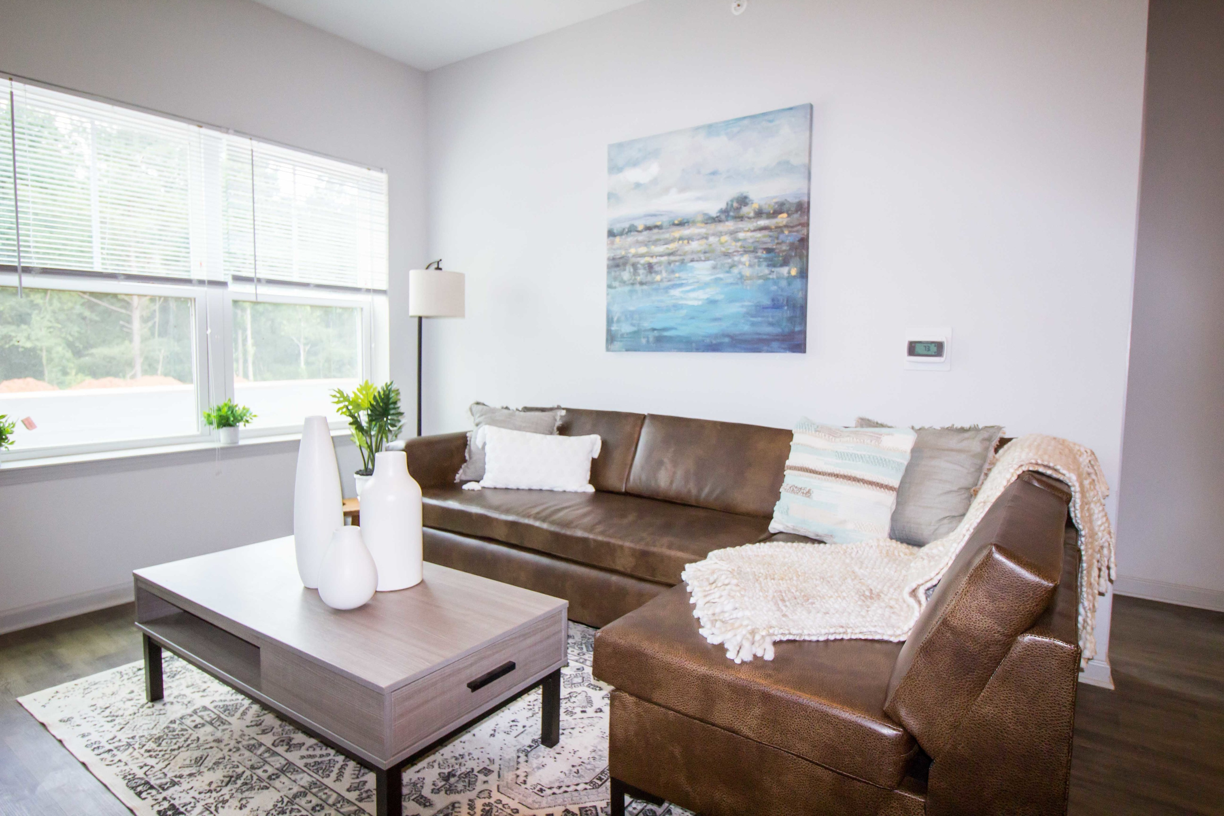 Spacious Living Room | Apartments in Florence, AL | Bellamy Florence
