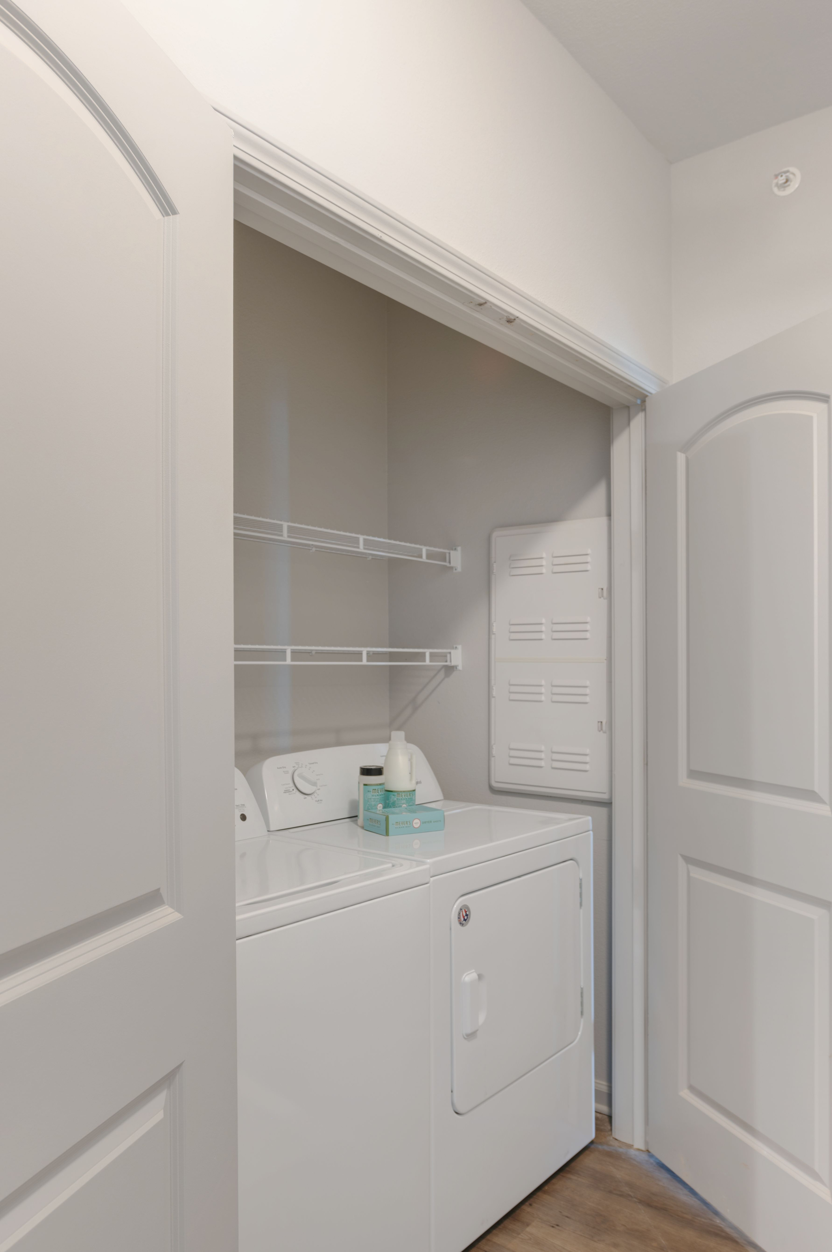 Image of Full Size Washer & Dryer for Bellamy Florence