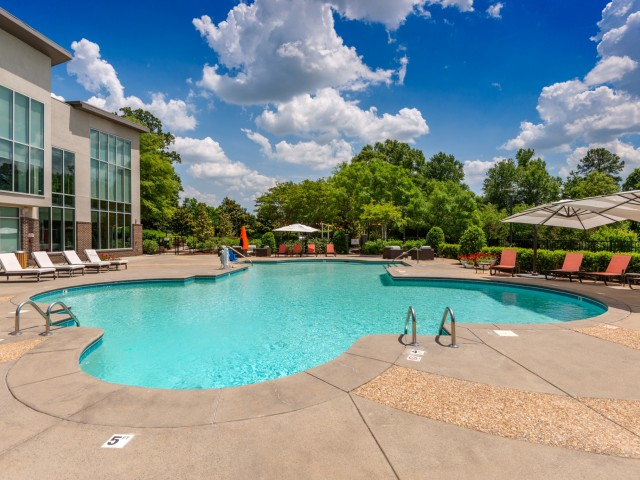 Image of Resort Style Swimming Pool for Hideaway Lake Luxury Apartments