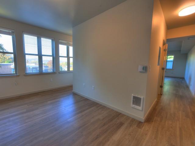 lease apartment