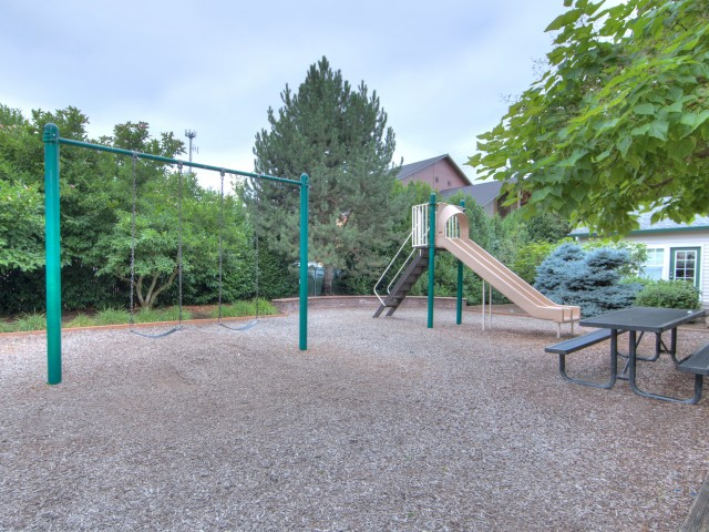 Image of Playground for Cascade View