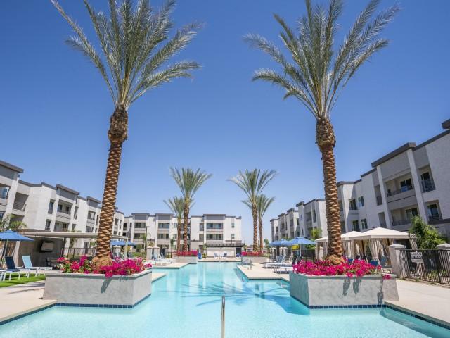 resort pool acero estrella commons apartments