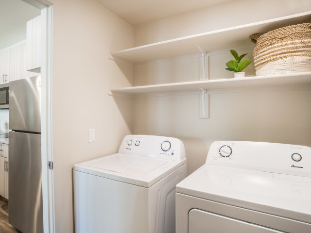 gilbert apartment with in-unit laundry