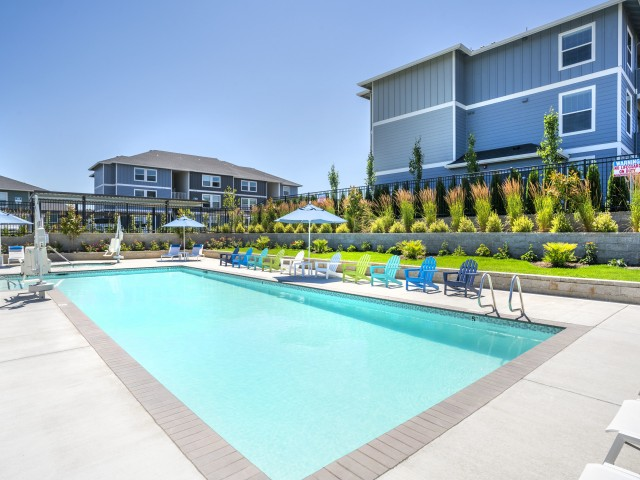 Apartments in Salem OR with pool