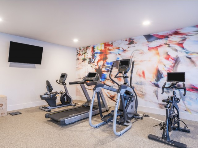 Salem apartments with fitness center