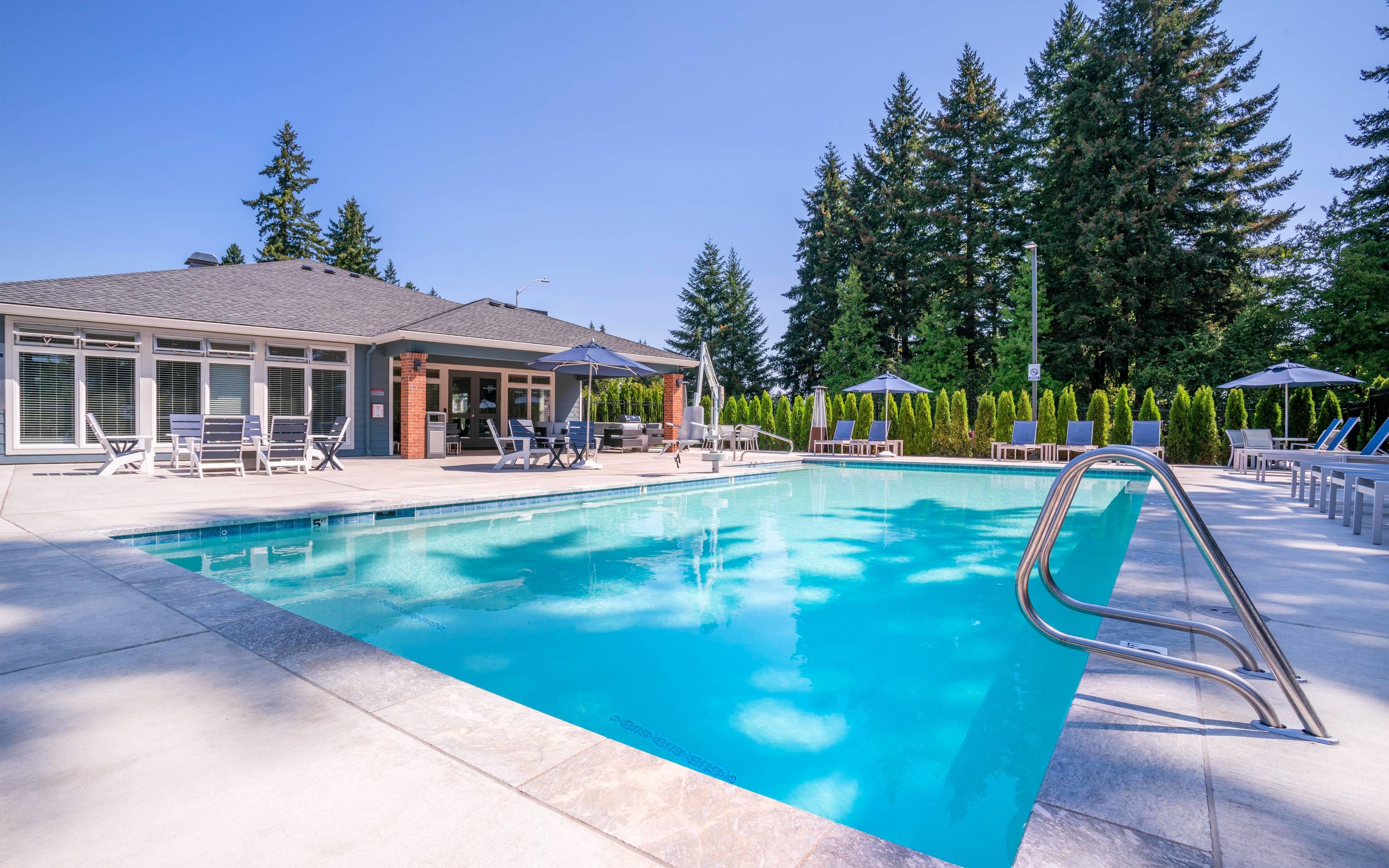 vancouver wa apartment pool