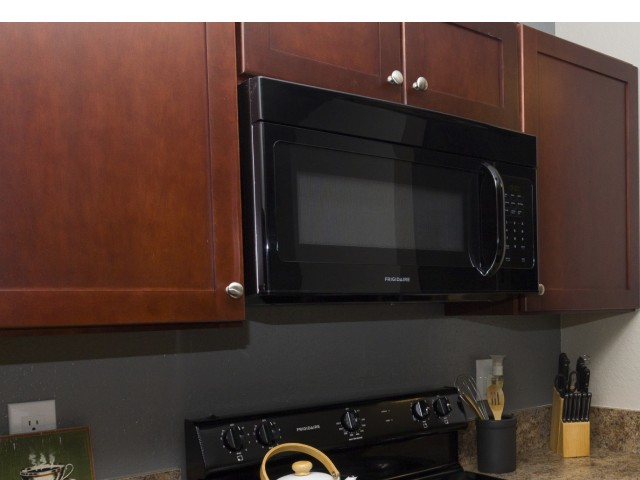 Image of Upgraded Kitchen Cabinets for The District on Kernan