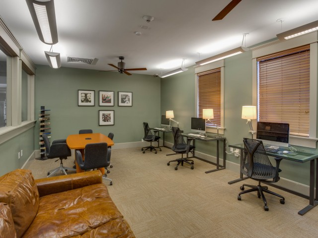 Image of Academic Success Center w/iMac Computers for Campus Quarters