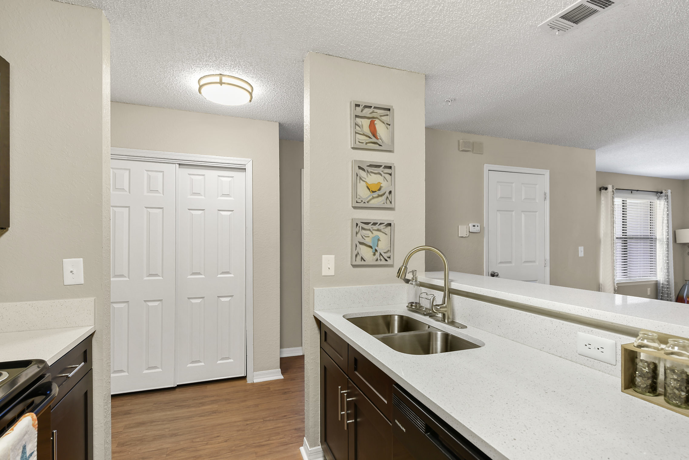 Image of Quartz Kitchen Countertops for Kernan Oaks