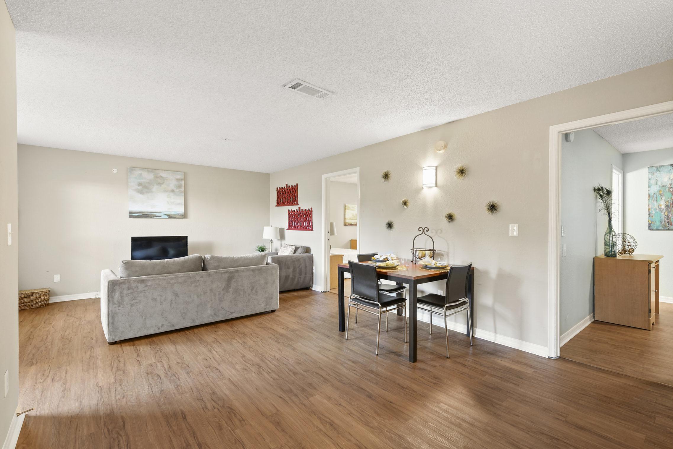 furnished apartment in Jacksonville, FL at Kernan Oaks