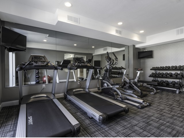 Image of 24 Hour Fitness Gym for Moda Newhouse