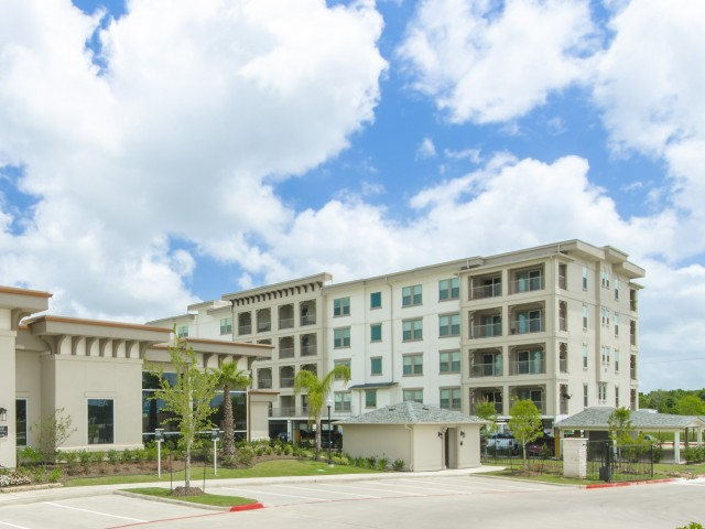 Image of One- to Four-Bedroom Elevator-Access Apartment Homes for The Towers Seabrook