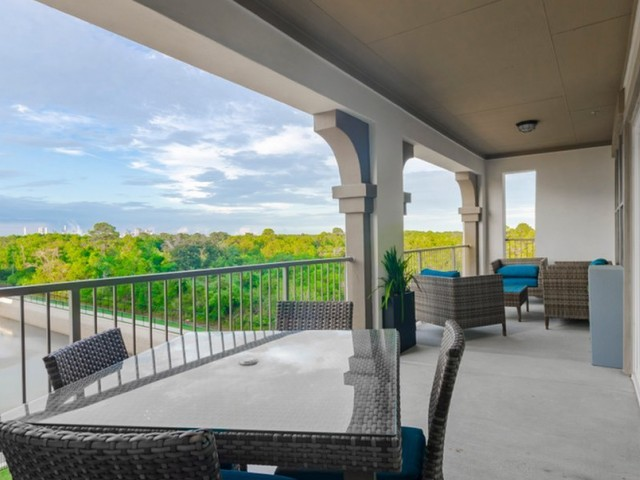 Image of Private, Covered Outdoor Living Spaces for The Towers Seabrook