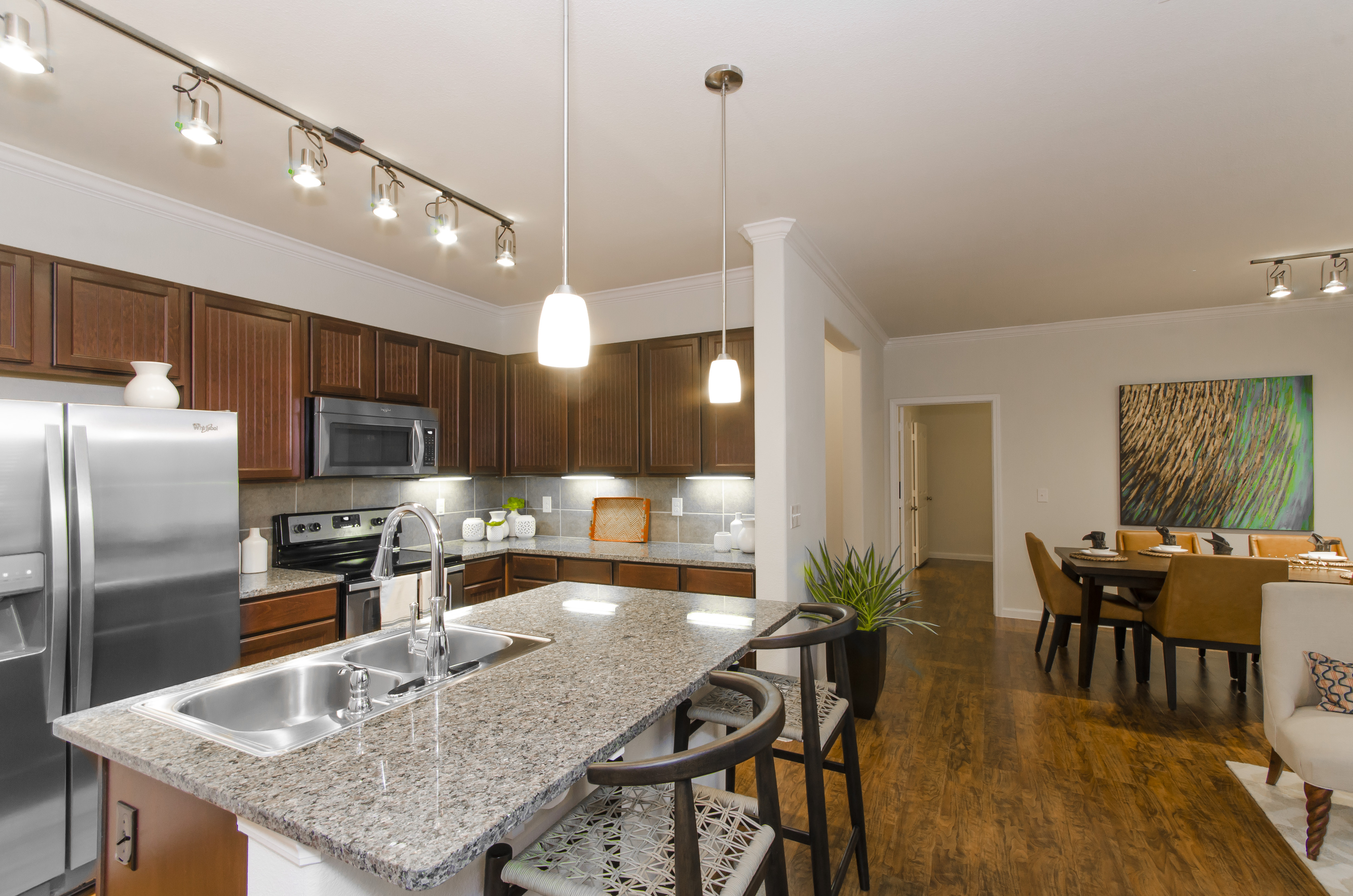 Image of Oversized Chef's Table Kitchen Countertops for The Grand Estates Woodland