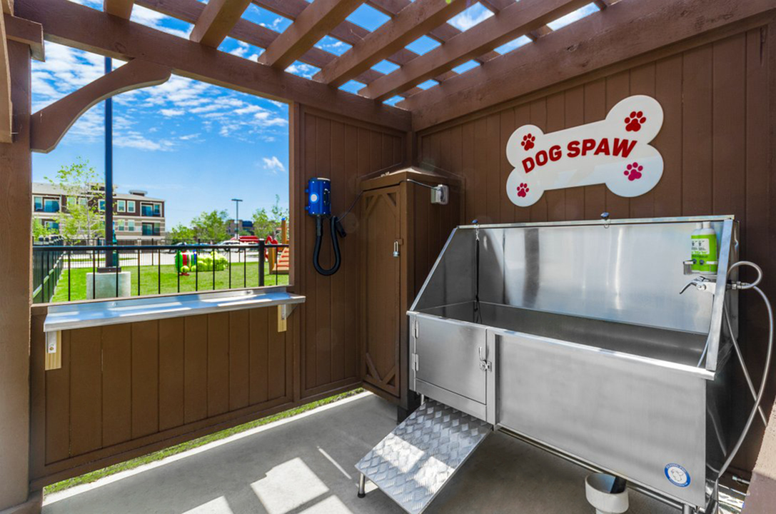 Pet Washing Station | Apartments In McKinney TX | The Mansions McKinney