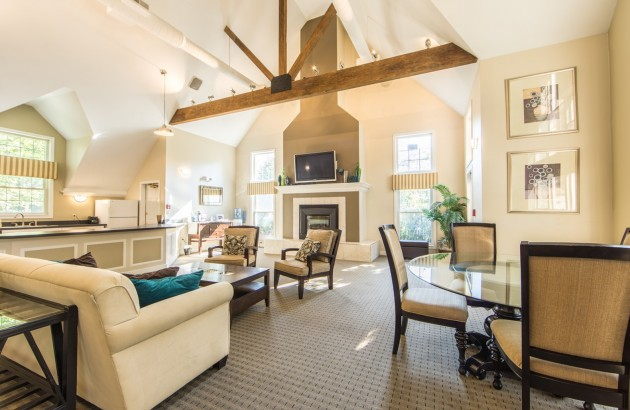 Connect with other residents through our beautiful Pheasant Run community room.
