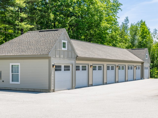 Image of Garage parking for Princeton Westford