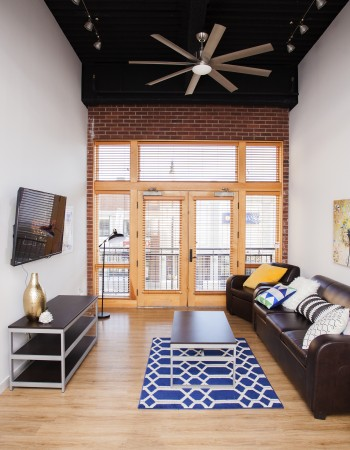Champaign Il Apartment Rentals First Column Student Living