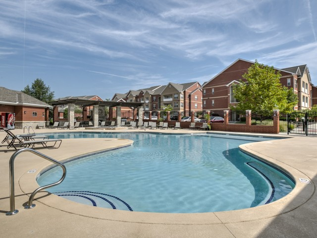 Image of Swimming Pool for Kelly Park Apartments