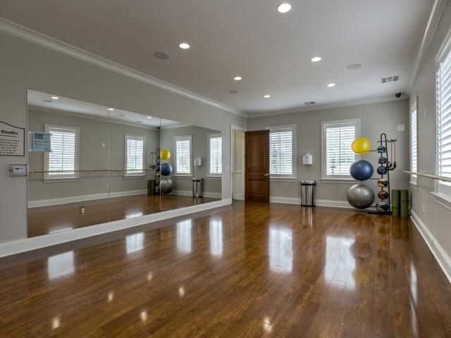 Image of Yoga / Barre Studio for Kelly Reserve Apartments