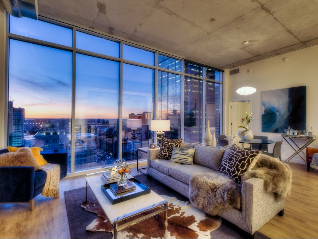 Image of Floor-to-Ceiling Windows for One Light Luxury Apartments