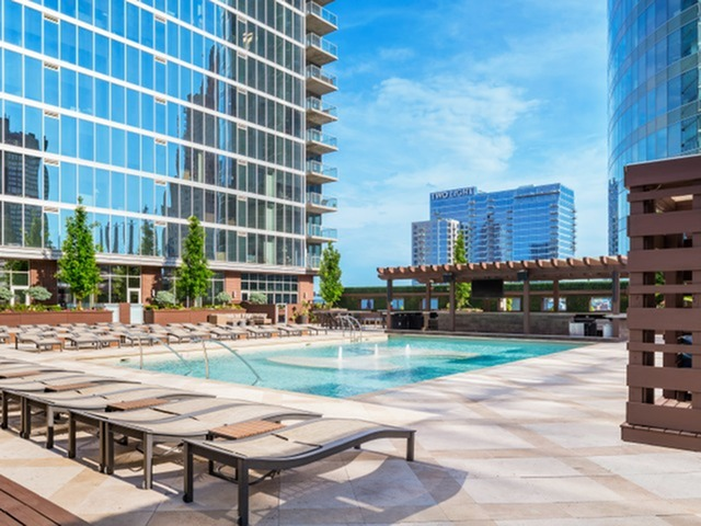 Image of Resort-Style Rooftop Pool & Bar for One Light Luxury Apartments