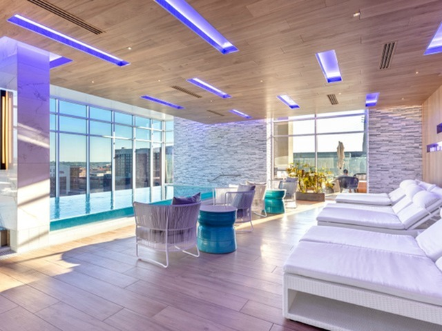 Image of Indoor Spa for Two Light Luxury Apartments