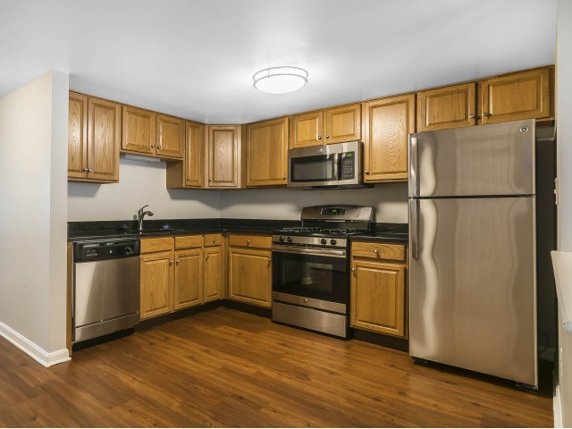 Image of Stainless steel appliances for Vinnin Square Apartment Homes