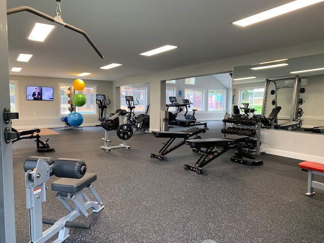 Image of 24 Hour Fitness Center for Yarmouth Pointe Apartment Homes