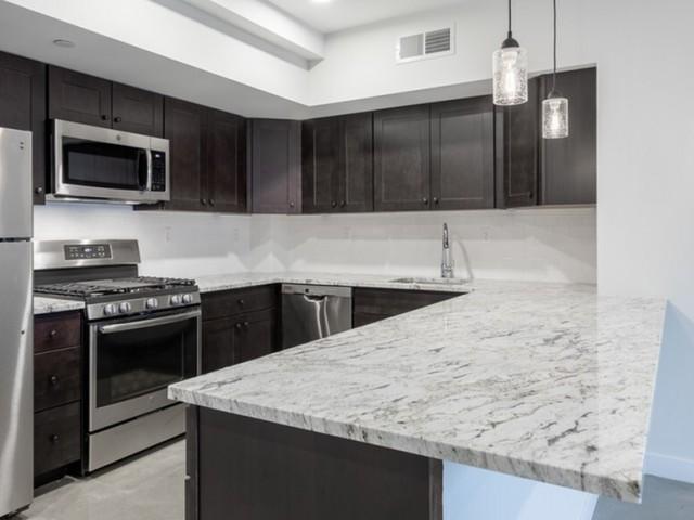 Image of Granite Countertops for Glenbrook Crossing Apartment Homes