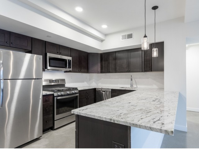 Image of Stainless Steel Appliances for Glenbrook Crossing Apartment Homes