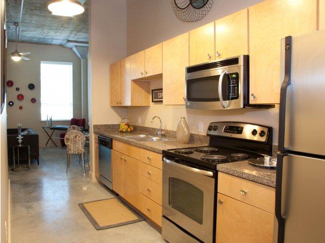 New Orleans LA Apartment Rentals | Blue Plate Artist Lofts