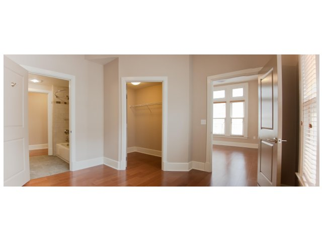 Image of Oversized Closet Spaces for Hibernia Tower