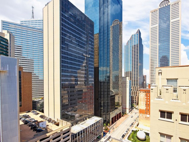 Welcome to LTV Tower  LTV Tower Apartment Rentals. Apartments In Downtown Dallas Texas. Home Design Ideas
